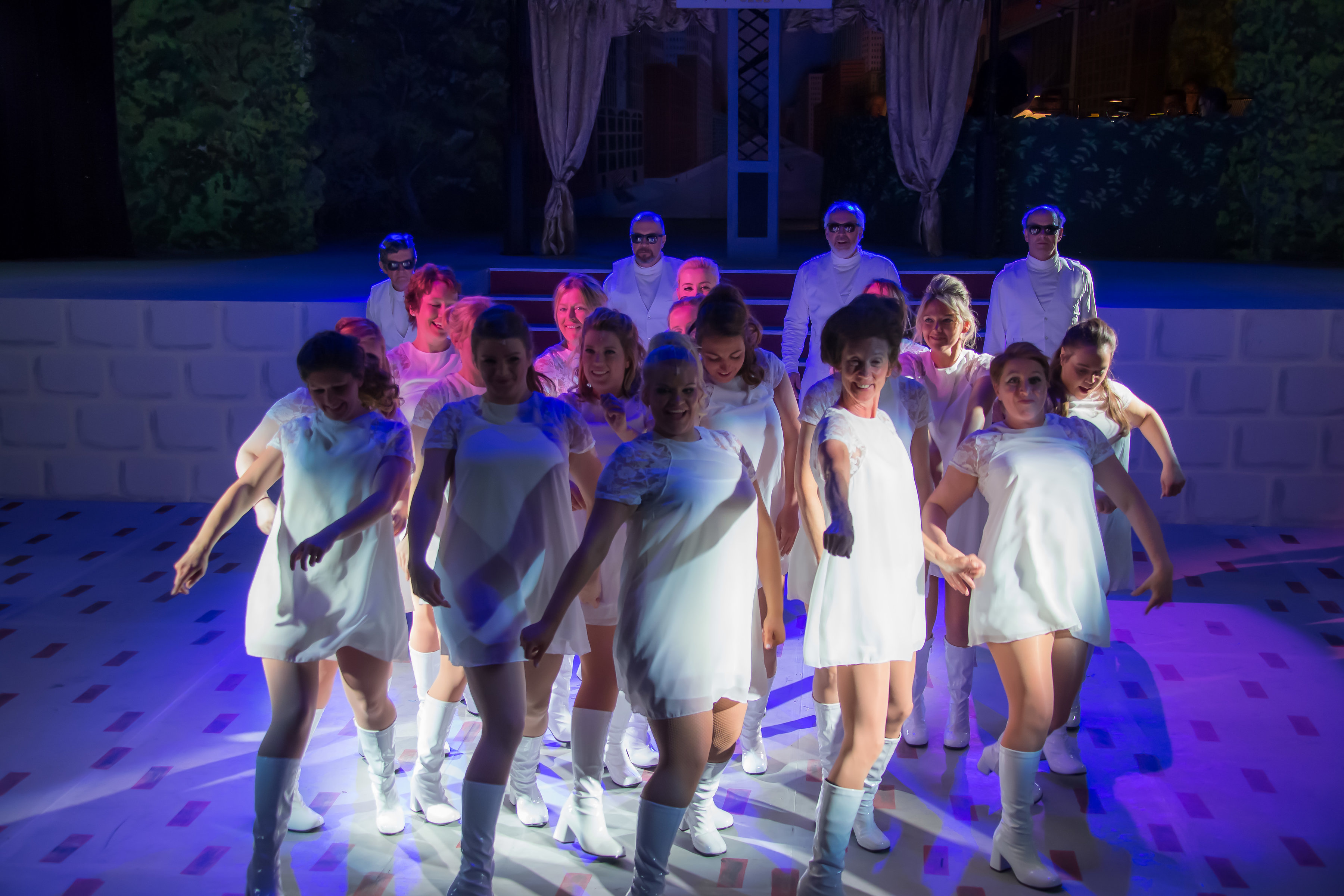 NODA review of Sweet Charity